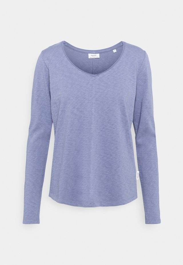 Long sleeved top - soft heaven