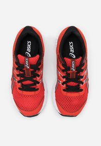 ASICS - CONTEND 6 - Neutral running shoes - fiery red/black - 3