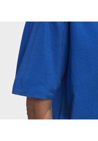 adidas Originals - ADICOLOR 3D TREFOIL T-SHIRT - T-Shirt print - blue - 6