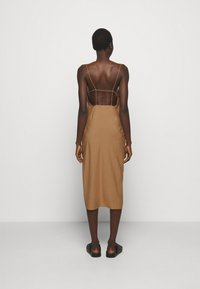 DESIGNERS REMIX - VALERIE STRAP DRESS - Cocktail dress / Party dress - camel - 2