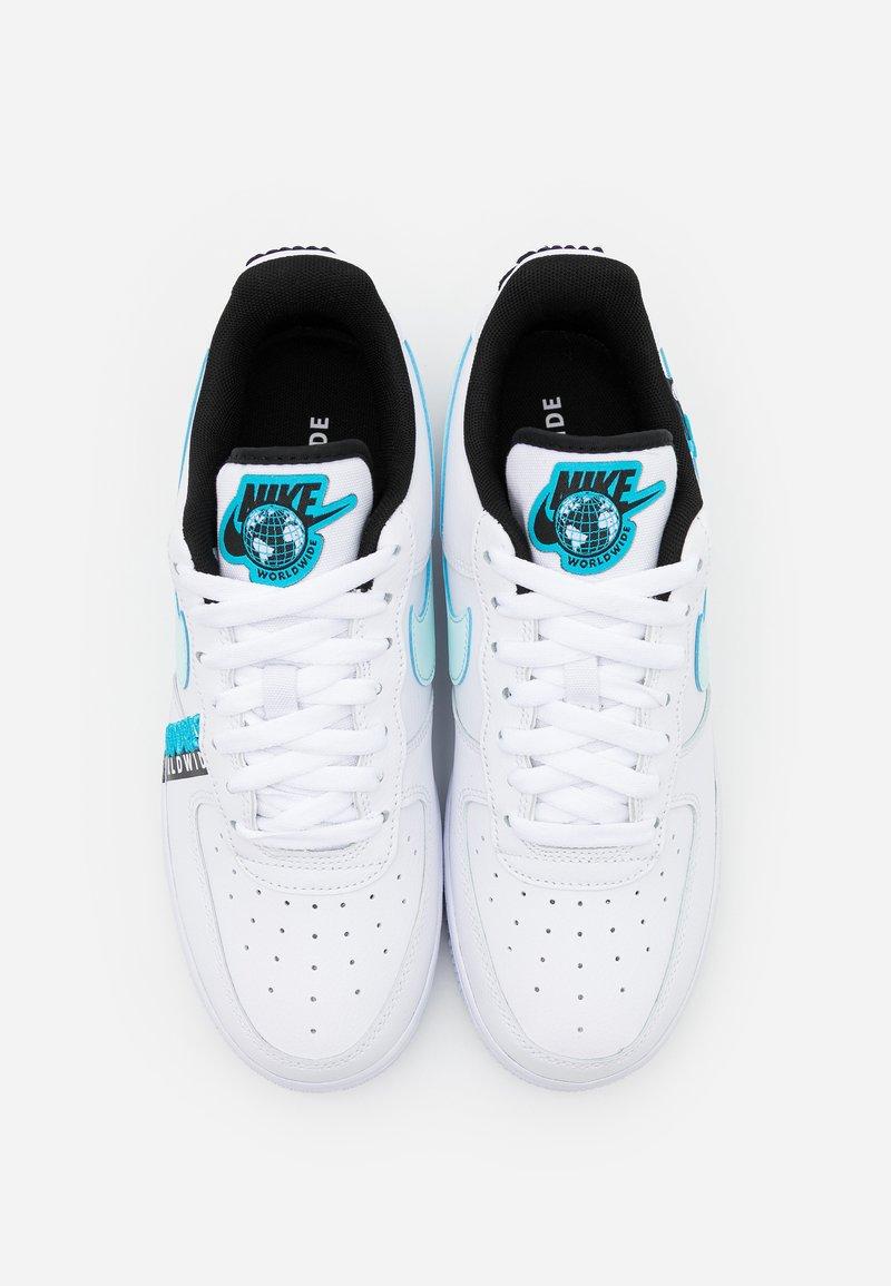 svolta massimo indice  Nike Sportswear AIR FORCE 1 '07 LV8 WW UNISEX - Trainers - white/blue  fury/black/white - Zalando.co.uk