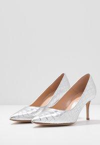Bianca Di - Classic heels - argento - 4