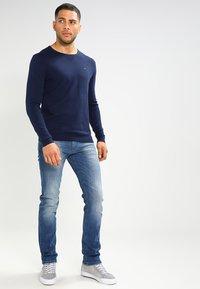 Tommy Jeans - ORIGINAL - Jersey de punto - black iris - 1