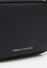 Armani Exchange - CAMERA CASE - Across body bag - nero - 3