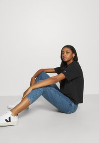 Gina Tricot - DAGNY MOM  - Relaxed fit jeans - mid blue - 3