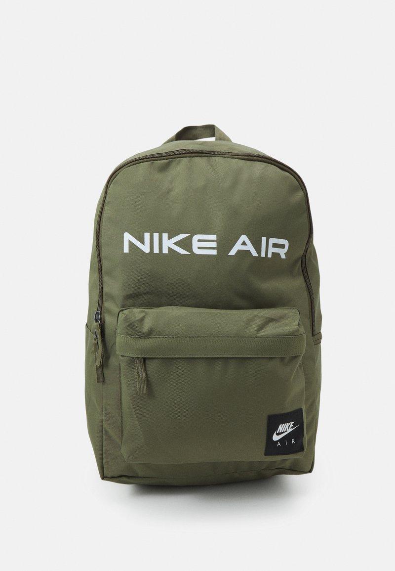 Nike Sportswear - HERITAGE UNISEX - Rucksack - medium olive/black/white