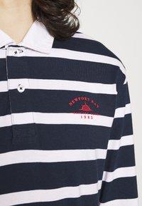 Newport Bay Sailing Club - BOLD STRIPE RUGBY - Polo shirt - navy - 5