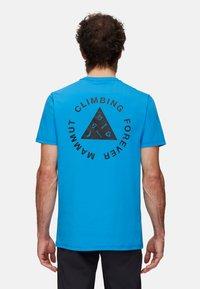 Mammut - MASSONE MEN - T-shirt z nadrukiem - gentian prt - 1