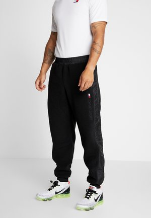 SHERPA PANT CUFFED - Teplákové kalhoty - black