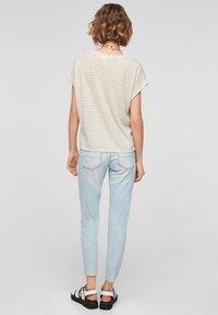 QS by s.Oliver - Print T-shirt - beige stripes - 2