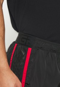 Glorious Gangsta - HARLAN SWIMSHORTS - Shorts - black - 5