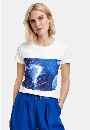 KURZARM RUNDHALS - Print T-shirt - offwhite gemustert