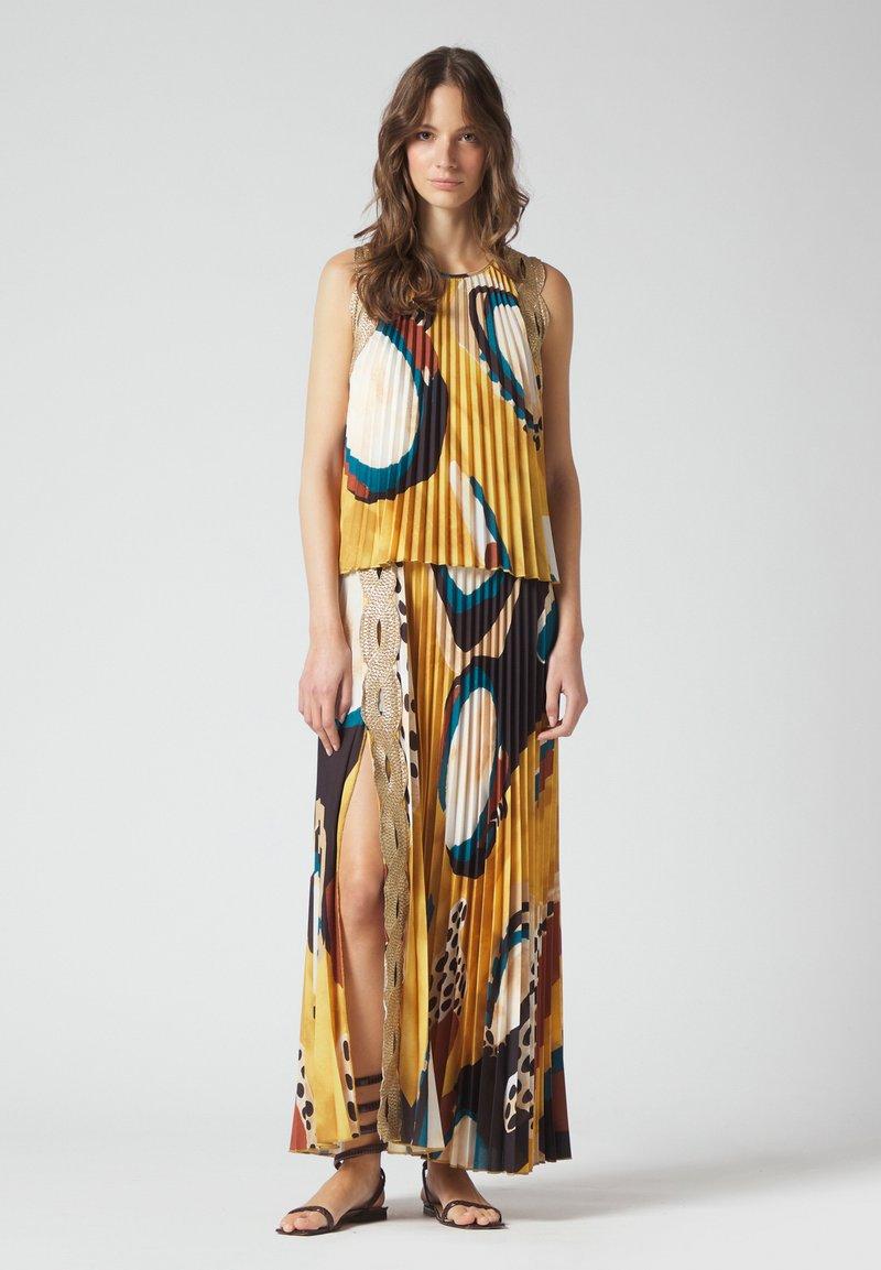 Manila Grace - Maxi dress - senape