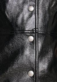 Calvin Klein Jeans - HIGH SHINE SHIFT DRESS - Sukienka letnia - black - 6