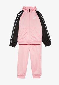 Nike Sportswear - TRICOT TAPING SET - Trainingsanzug - pink - 5