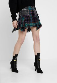 Diesel - O-BRYEL GONNA - Mini skirt - black - 0