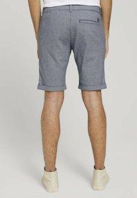 TOM TAILOR DENIM - Shorts - navy white dobby yarn dye - 2