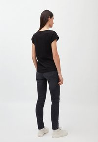 ARMEDANGELS - LAALE - Basic T-shirt - black - 2