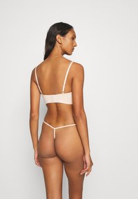 Hunkemöller - INVISIBLE 3 PACK - Thong - rugby tan - 2