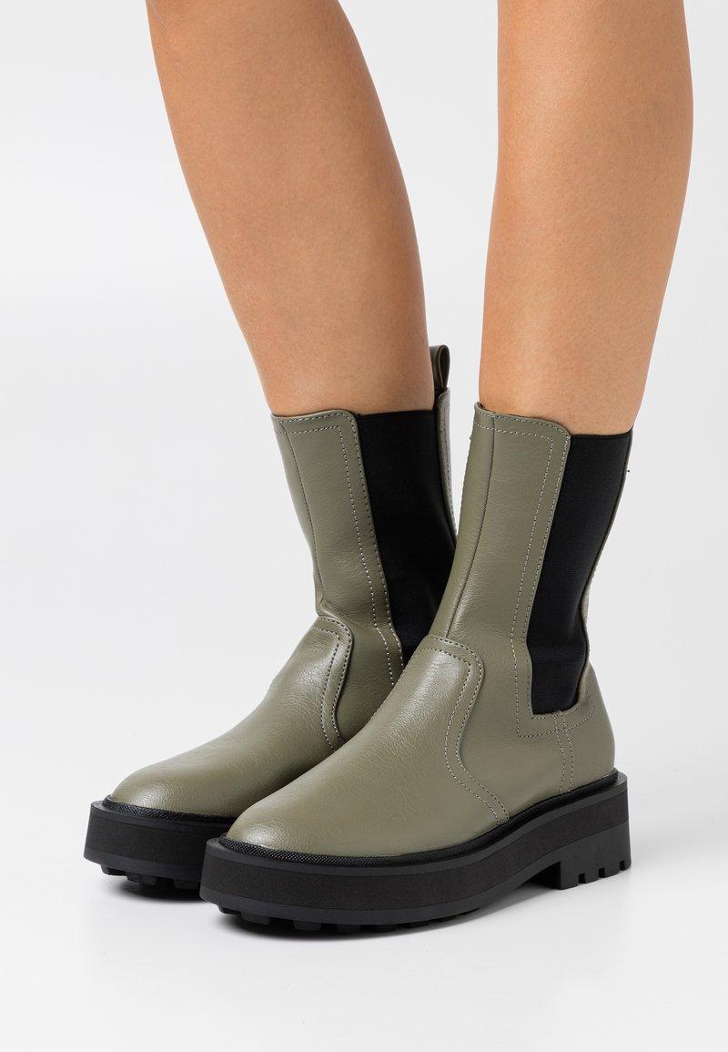 Even&Odd - Platform ankle boots - khaki