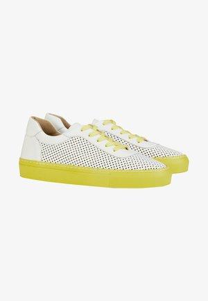 Trainers - weiß gelb