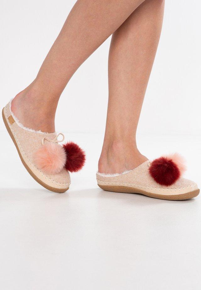 IVY - Slippers - rosette heritage