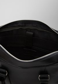 Pier One - LEATHER - Briefcase - black - 4