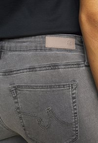AG Jeans - ANKLE - Jeans Skinny Fit - gray light - 3