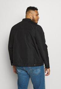Burton Menswear London - BIG RACER JACKET - Summer jacket - black - 2