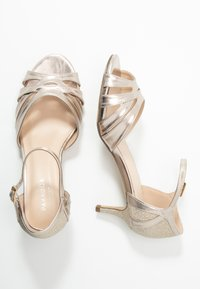 Paradox London Wide Fit - WIDE FIT HEATH - Sandály - champagne - 3
