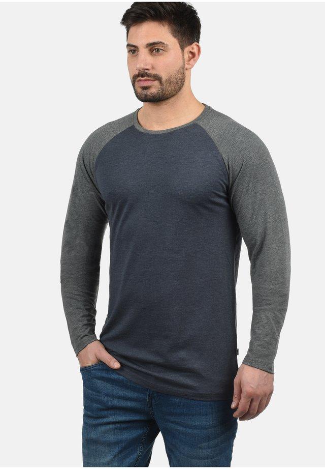 Langærmede T-shirts - blue gr m