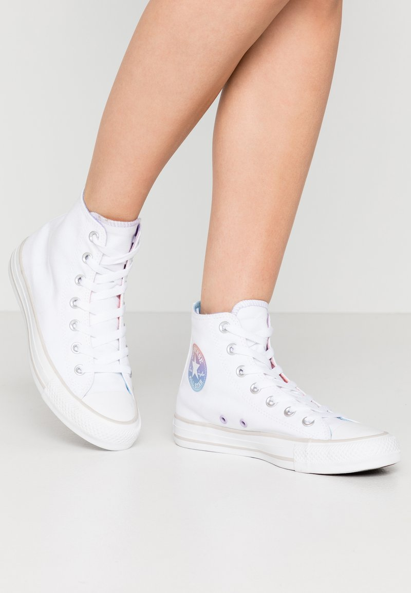 Converse - CHUCK TAYLOR ALL STAR - Sneakers hoog - white/multicolor/pale putty