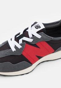New Balance - PH327FF - Trainers - dark grey - 5