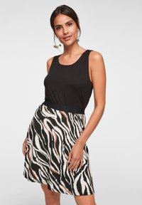 s.Oliver - A-line skirt - black zebra aop - 4