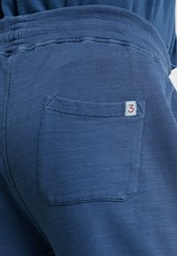 HKT by Hackett - JOGGER - Jogginghose - dark blue