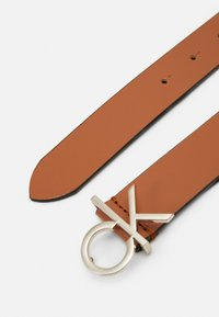 Calvin Klein - LOGO BELT - Pásek - brown - 2