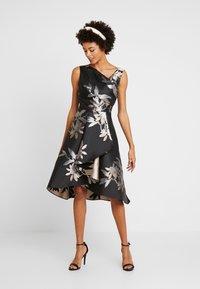 Adrianna Papell - SHORT DRESS - Robe de soirée - black/champagne - 2