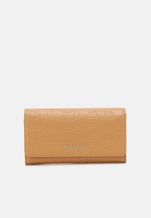 JUNIPER - Wallet - brown