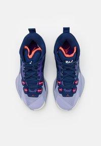 Jordan - ZION 1 UNISEX - Zapatillas de baloncesto - blue void/bright crimson/fierce purple/indigo haze - 3