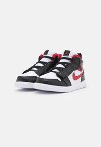Jordan - 1 MID UNISEX - Basketbalové boty - white/gym red/black - 1