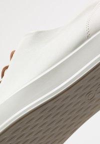 ECCO - SOFT 8 - Sneakersy niskie - white - 2