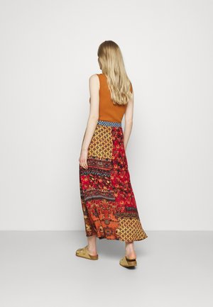 BAIKAL - A-snit nederdel/ A-formede nederdele - orange