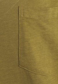 Simply Be - UTILITY - Basic T-shirt - olive - 2
