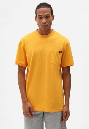 PORTERDALE POCKET TEE - Basic T-shirt - cadnium yellow