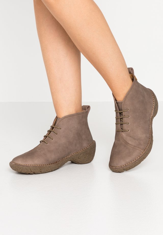 WARAO - Ankle boots - pleasant plume