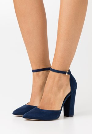NICHOLES WIDE FIT - Zapatos altos - navy