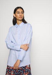 Gestuz - IBBY OVERSIZES - Button-down blouse - xenon blue - 3
