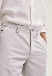 Massimo Dutti - Shorts - grey - 3