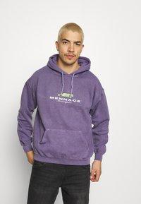Mennace - MENNACE MOTORSPORT HOODIE - Sweatshirt - purple - 0