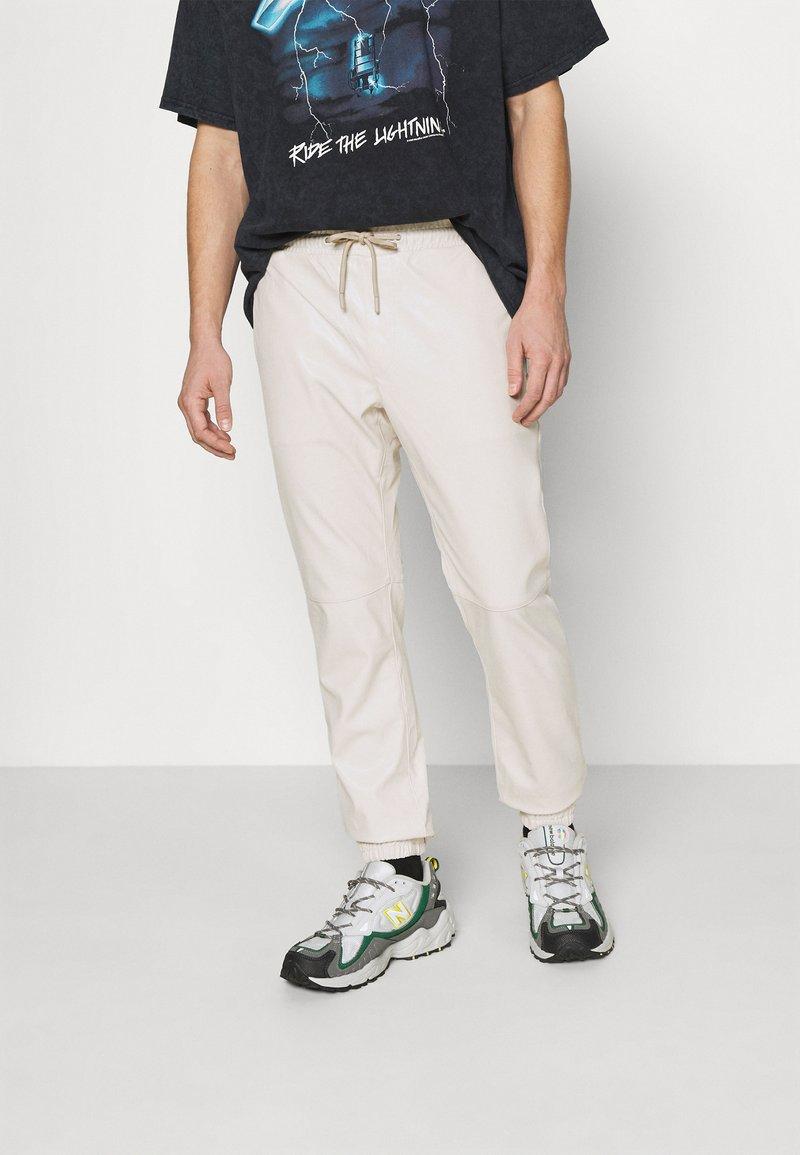 Topman - Trousers - white